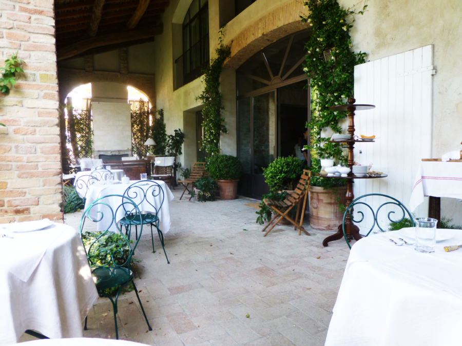 Beautiful Spaces: A Perfect B&B Just Outside Parma, Italy
