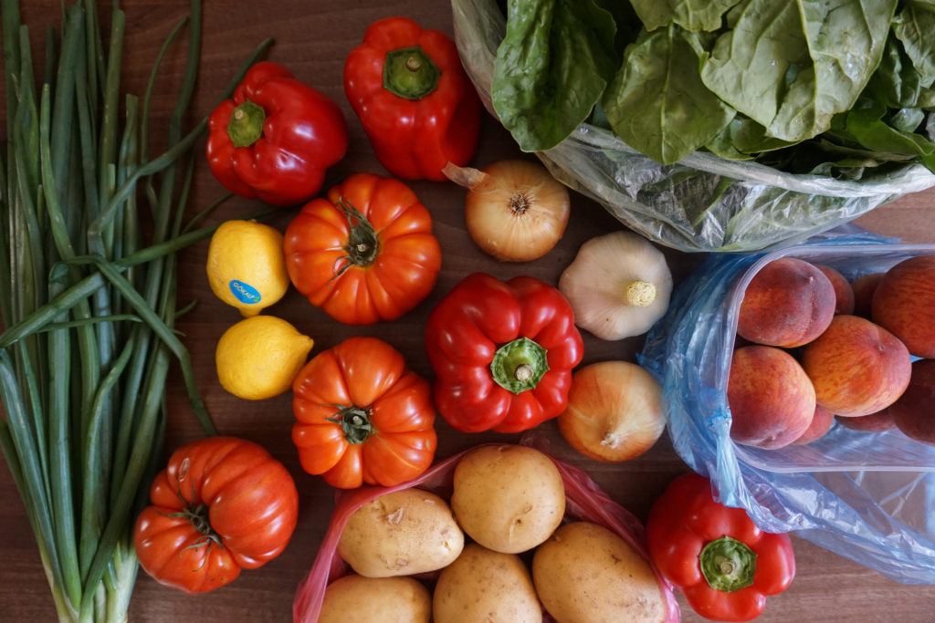 Konjic farmers market produce